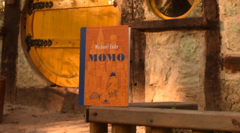 Momo / Kitap İncelemesi